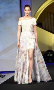 Šaty jako na panence vynesla Jana Tvrdíková