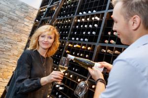 2 Aňa má ráda dobé víno IMG 1621