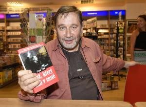 Tomáš Töpfer  kmotr knihyy DSC2462