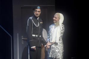 Anička Slováčková s Peterem Strenáčikem v roli Othella