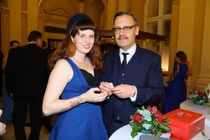 David Matásek s manželkou přispěli paralympionikům