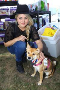 Elis  a její Shiba Inu  Amy IMG 5813