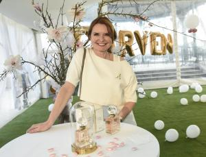 Hana Heřmánková -  Carven