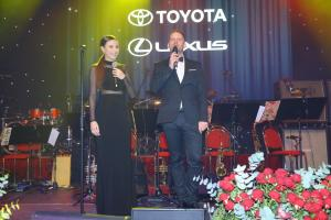 Monika Bagárová a Jakub Prachař - Ples Toyota