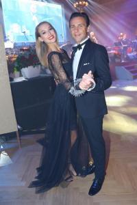 P. Vraspírová a R. Vojtek -ples Toyota